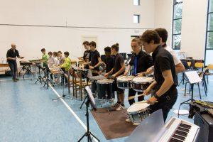 Scuola San Marco ragazzi che suonano